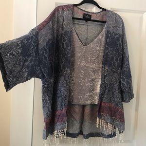 AE fringe kimono